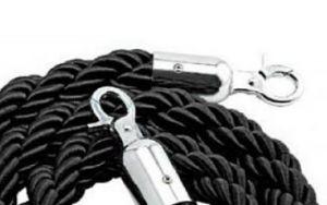 T106322 Corde noire 2 anneaux de fixation chromés pour poteau 1,5 mètre